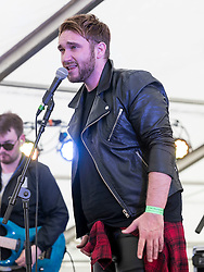 Gavin Blackie performing at Party At The Palace Music Festival in Linlithgow Palace grounds on Sunday 14th August 2016.<br /> <br /> Alan Rennie/ EEm