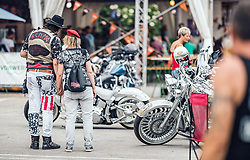27.06.2019, Schladming, AUT, Rock the Roof 2019, im Bild Biker Paar // Biker Couple during the Rock the Roof Biker Meeting in Schladming, Austria on 2019/06/27. EXPA Pictures © 2019, PhotoCredit: EXPA/ JFK