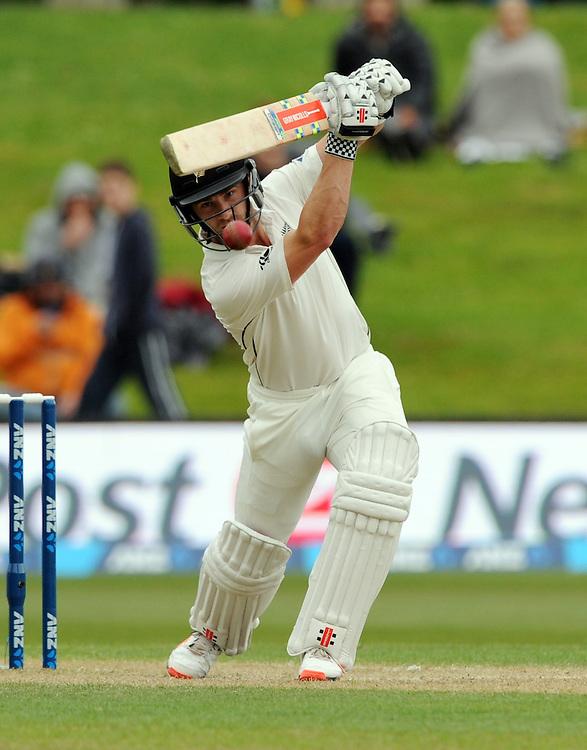 New Zealand's Kane Williamson plays forward against Sri Lanka on day three of the first International Cricket Test, University Cricket Oval, Dunedin, New Zealand, Saturday, December 12, 2015. Credit:SNPA / Ross Setford