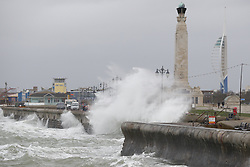 © Licensed to London News Pictures. 13/01/2020. Portsmouth, UK. Storm Brendan brings high waves and windy conditions to the seafront in Portsmouth. Some parts of the UK are feeling the force of storm Brendan as it arrives from the Atlantic. Photo credit: Peter Macdiarmid/LNP