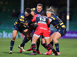 Tom Howe of Worcester Warriors , Max Stelling of Worcester Warriors and Dean Hammond of Worcester Warriors compete with Vincent Lasmarrigues of Oyonnax  - Mandatory by-line: Alex Davidson/JMP - 09/12/2017 - RUGBY - Sixways Stadium - Worcester, England - Worcester Warriors v Oyonnax - European Rugby Challenge Cup