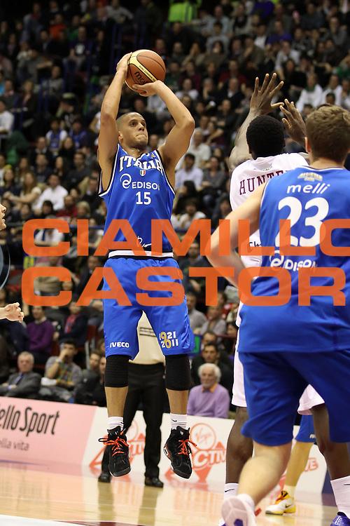 DESCRIZIONE : Milano Agos Ducato All Star Game 2011<br /> GIOCATORE : Daniel Hackett<br /> SQUADRA : Italia Nazionale Maschile<br /> EVENTO : All Star Game 2011<br /> GARA : Italia All Star Team<br /> DATA : 13/03/2011<br /> CATEGORIA : tiro<br /> SPORT : Pallacanestro<br /> AUTORE : Agenzia Ciamillo-Castoria/ElioCastoria<br /> Galleria : FIP Nazionali 2011<br /> Fotonotizia :  Milano Agos Ducato All Star Game 2011<br /> Predefinita :