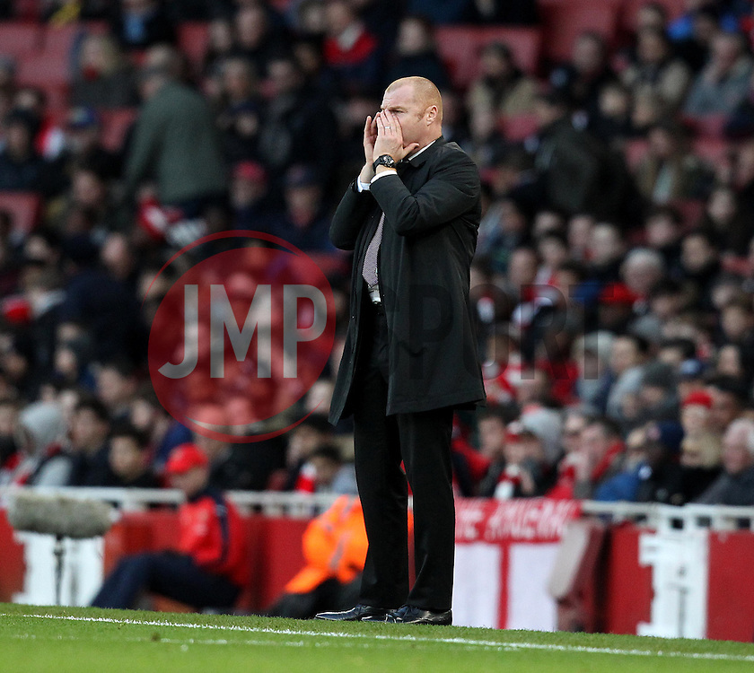Burnley Manager Sean Dyche - Mandatory byline: Robbie Stephenson/JMP - 30/01/2016 - FOOTBALL - Emirates Stadium - London, England - Arsenal v Burnley - FA Cup Forth Round