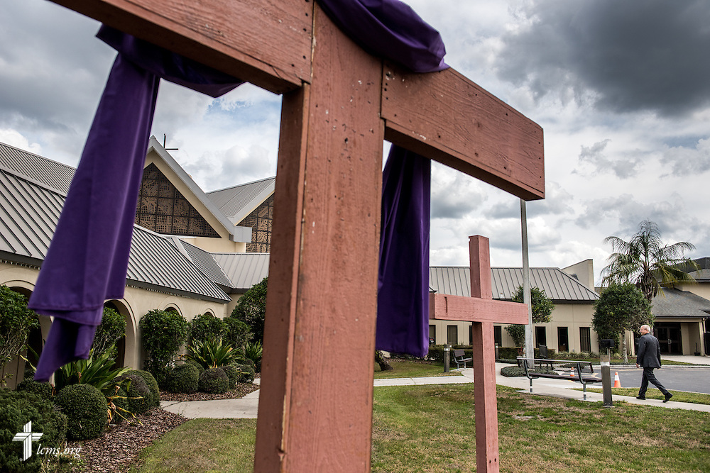 A cross draped for Lent frames St. Luke's Lutheran Church on Saturday, March 5, 2016, in Oviedo, Fla. LCMS Communications/Erik M. Lunsford