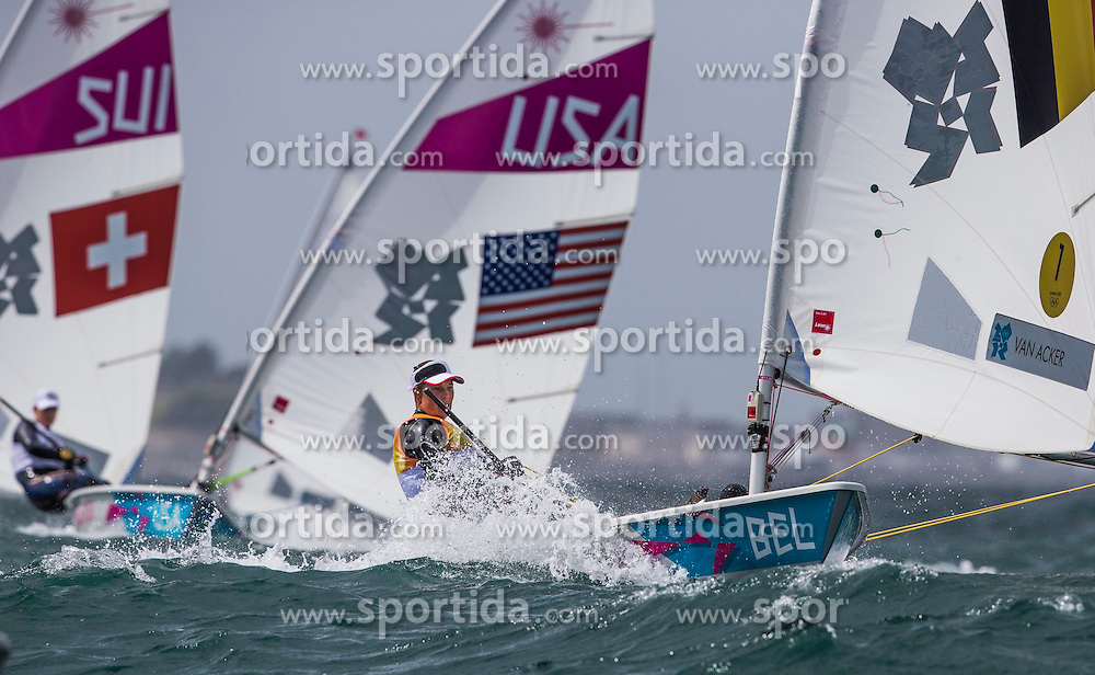 04.08.2012, Bucht von Weymouth, GBR, Olympia 2012, Segeln, im Bild Van Acker Evi, (BEL, Laser Radial).Railey Paige, (USA, Laser Radial) // during Sailing, at the 2012 Summer Olympics at Bay of Weymouth, United Kingdom on 2012/08/04. EXPA Pictures © 2012, PhotoCredit: EXPA/ Daniel Forster ***** ATTENTION for AUT, CRO, GER, FIN, NOR, NED, POL, SLO and SWE ONLY!