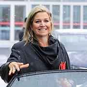 NLD/Amsterdam/20130214 - Prinses Maxima opent Women Inc, festival 2013, Maxima stapt in de auto