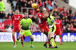 Paul McShane of Reading beats Tammy Abraham of Bristol City to the ball - Mandatory by-line: Dougie Allward/JMP - 02/01/2017 - FOOTBALL - Ashton Gate - Bristol, England - Bristol City v Reading - Sky Bet Championship