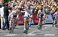 Sykkel<br /> 09.04.2013<br /> Tour de France<br /> Foto: PhotoNews/Digitalsport<br /> NORWAY ONLY<br /> <br /> SAINT-MALO, FRANCE - JULY 9: CAVENDISH Mark (GBR)   of OMEGA PHARMA-QUICK STEP - GREIPEL Andre (GER)   of LOTTO-BELISOL -  KITTEL Marcel (GER)   of TEAM ARGOS-SHIMANO  during the tenth stage of the 2013 Tour de France from Saint-Gildas-des-Bois to Saint-Malo on July 09, 2013 in Saint-Malo, France