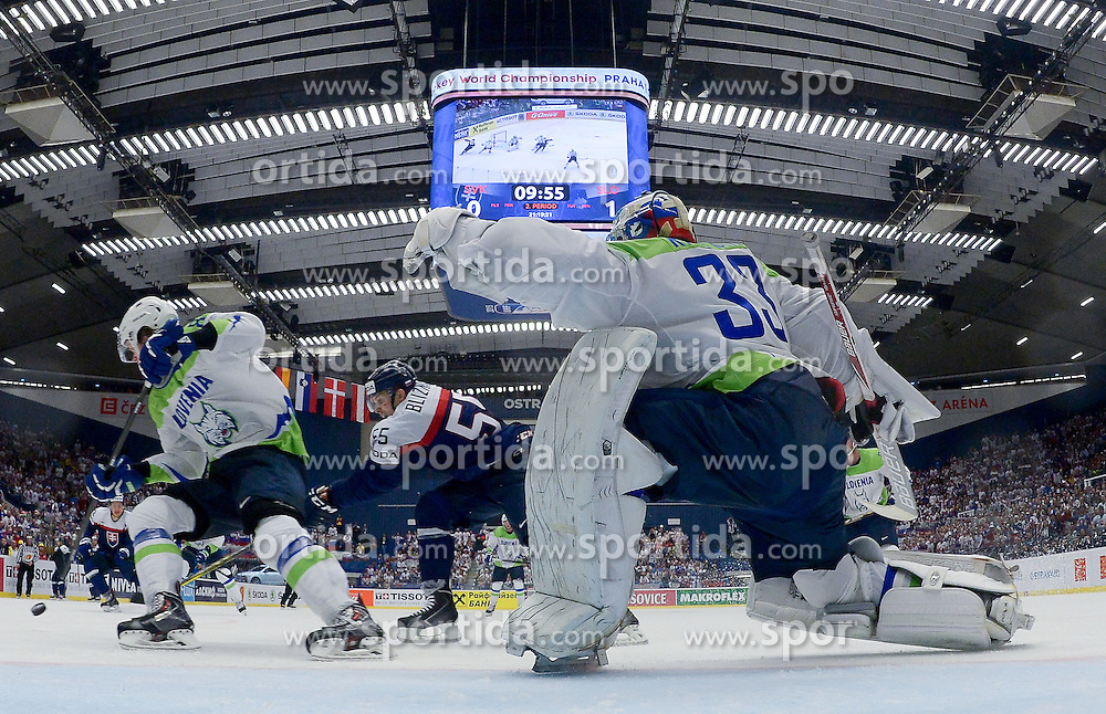 Mario Bliznak of Slovakia vs Ziga Jeglic of Slovenia and Robert Kristan of Slovenia during Ice Hockey match between Slovakia and Slovenia at Day 5 in Group B of 2015 IIHF World Championship, on May 5, 2015 in CEZ Arena, Ostrava, Czech Republic. Photo by Vid Ponikvar / Sportida