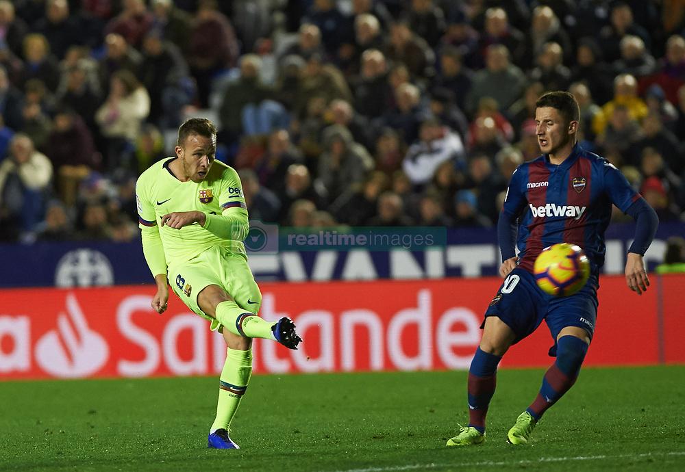 صور مباراة : ليفانتي - برشلونة 0-5 ( 16-12-2018 )  20181216-zaa-a181-040