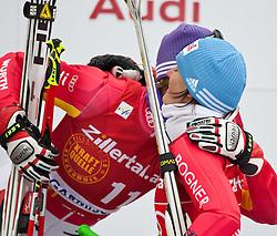 11.03.2010, Kandahar Strecke Damen, Garmisch Partenkirchen, GER, FIS Worldcup Alpin Ski, Garmisch, Lady Giant Slalom, im Bild zweitplazierte im Riesentorlauf Weltcup ( RTL ), zweitplazierte Riesch Maria ( GER ) gratuliert ihrer Teamkollegin Hoelzl Kathrin zum Weltcupsieg im Riesentorlauf ( RTL ),EXPA Pictures © 2010, PhotoCredit: EXPA/ J. Groder / SPORTIDA PHOTO AGENCY