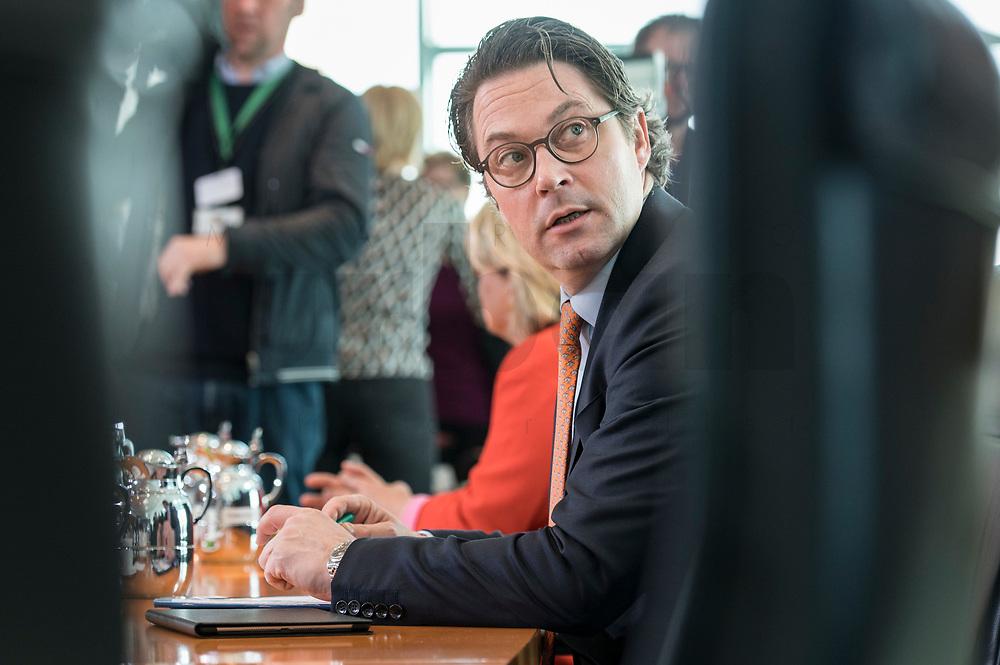27 FEB 2019, BERLIN/GERMANY:<br /> Andreas Scheuer, CSU, Bundesverkehrsminister, vor Beginn der Kabinettsitzung, Bundeskanzleramt<br /> IMAGE: 20190227-01-009<br /> KEYWORDS: Kabinett, Sitzung