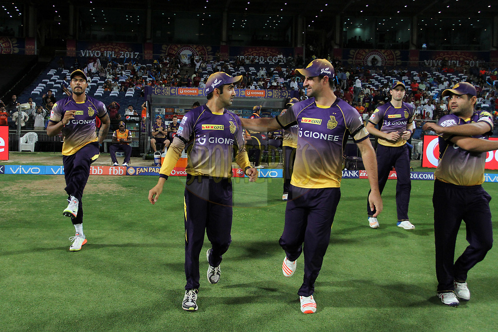 Kolkata Knight Riders players arrive for the start of the match 30 of the Vivo 2017 Indian Premier League between the Rising Pune Supergiants and the Kolkata Knight Riders  held at the MCA Pune International Cricket Stadium in Pune, India on the 26th April 2017<br /> <br /> Photo by Vipin Pawar- IPL - Sportzpics