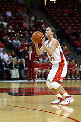15 March 2007: Megan McCracken lines one up from beyond the 3 point mark. The Owls of Rice university visited the Redbirds of Illinois State University at Redbird Arena in Normal Illinois for a round one WNIT game.