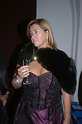 Kim Killeen. Connaught Square Squirrel Hunt Inaugural Hunt Ball. Banqueting House, Whitehall. 8 September 2005. ONE TIME USE ONLY - DO NOT ARCHIVE  © Copyright Photograph by Dafydd Jones 66 Stockwell Park Rd. London SW9 0DA Tel 020 7733 0108 www.dafjones.com