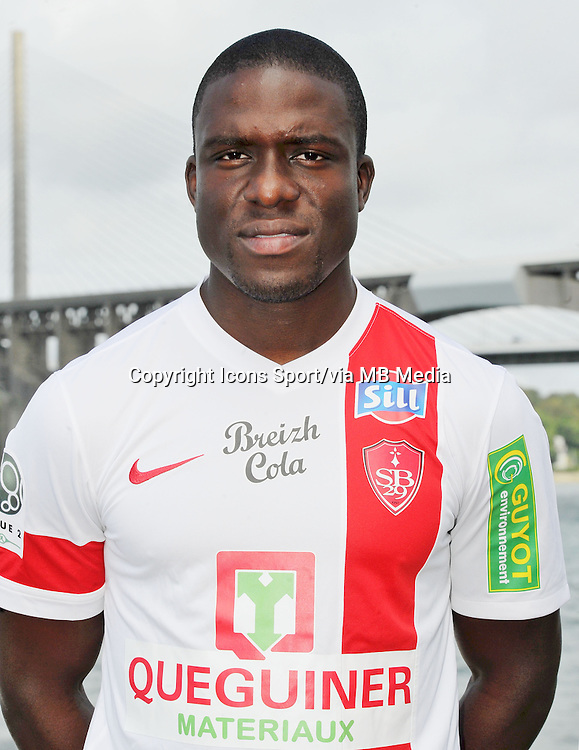Jonathan AYITE - 18.09.2013 - Photo Officielle - Brest -<br /> Photo : Patrick Tellier / Icon Sport