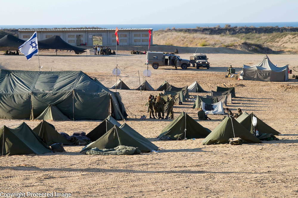 Israeli women serving in the IDF spend a week in the field in tents. Photography by Debbie ZImelman, Modiin, Israel