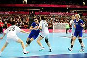 DESCRIZIONE : Handball Jeux Olympiques Londres Quart de Finale<br /> GIOCATORE : Davydenko Ekaterina RUS<br /> SQUADRA : Russie Femme<br /> EVENTO :  Handball Jeux Olympiques<br /> GARA : Coree Russie<br /> DATA : 07 08 2012<br /> CATEGORIA : handball Jeux Olympiques<br /> SPORT : HANDBALL<br /> AUTORE : JF Molliere <br /> Galleria : France JEUX OLYMPIQUES 2012 Action<br /> Fotonotizia : France Handball Femme Jeux Olympiques Londres Quart de Finale Copper Box<br /> Predefinita :