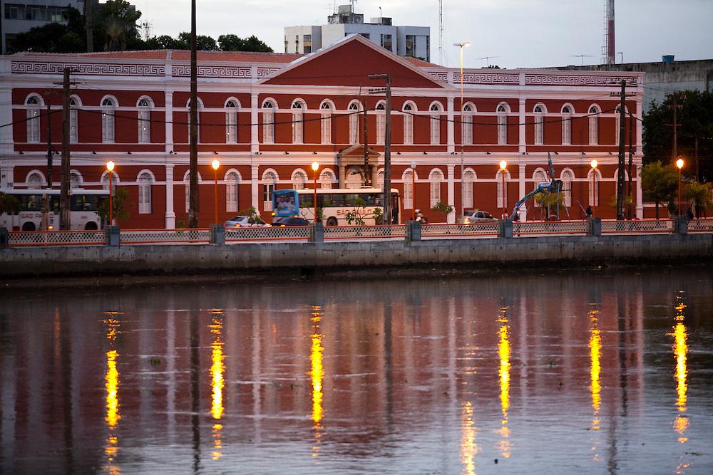 Recife_PE, Brasil..Casarao Historico em Recife, Pernambuco..HIstorical house in Recife, Pernambuco..Foto: JOAO MARCOS ROSA / NITRO