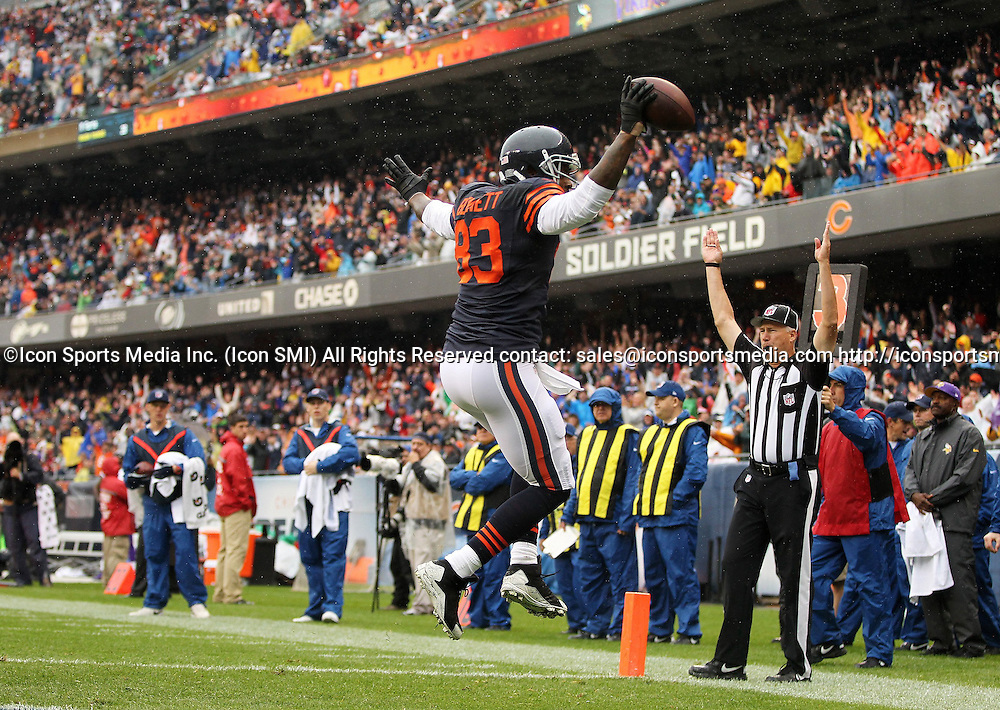 Sept. 15, 2013 - Chicago, IL, USA - Chicago Bears tight end Martellus Bennett (83) celebrates a touchdown during the first half against the Minnesota Vikings at Soldier Field in Chicago, Illinois, Sunday, September 15, 2013. The Bears defeated the Vikings, 31-30