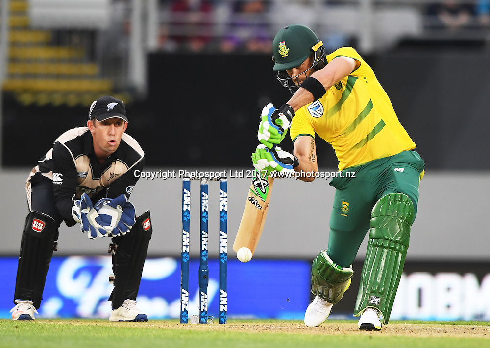 South African batsman AB de Villiers. International Twenty20 Cricket. New Zealand Black Caps v South Africa, Eden Park, Auckland, New Zealand. Friday 17 February 2017 © Copyright photo: Andrew Cornaga / www.photosport.nz