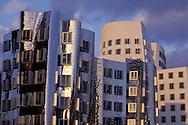 DEU, Germany, Duesseldorf, the New Zollhof at the media harbour, architect Frank O.Gehry.....DEU, Deutschland, Duesseldorf, der Neue Zollhof im Medienhafen, Architekt Frank O.Gehry.........
