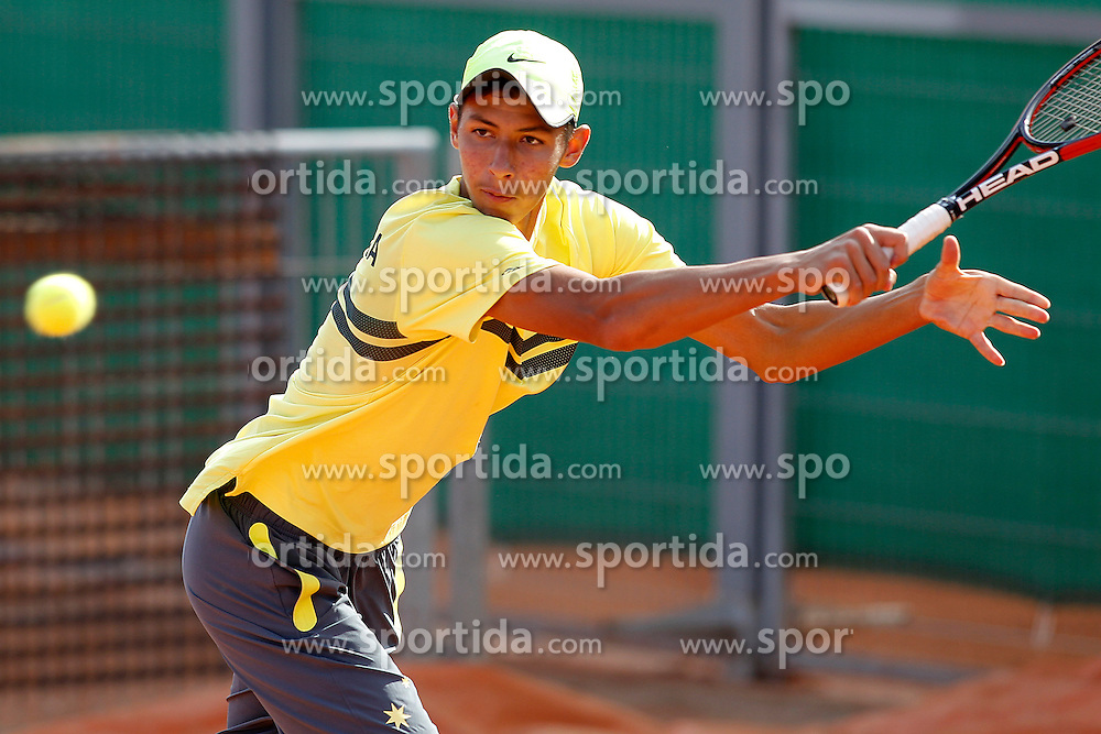 30.09.2015, Madrid, ESP, Junioren Davis Cup Finale 2015, im Bild Australia's Alexei Popyrin // during the finals of 2015 Junior Davis Cup in Madrid, Spain on 2015/09/30. EXPA Pictures &copy; 2015, PhotoCredit: EXPA/ Alterphotos/ Acero<br /> <br /> *****ATTENTION - OUT of ESP, SUI*****