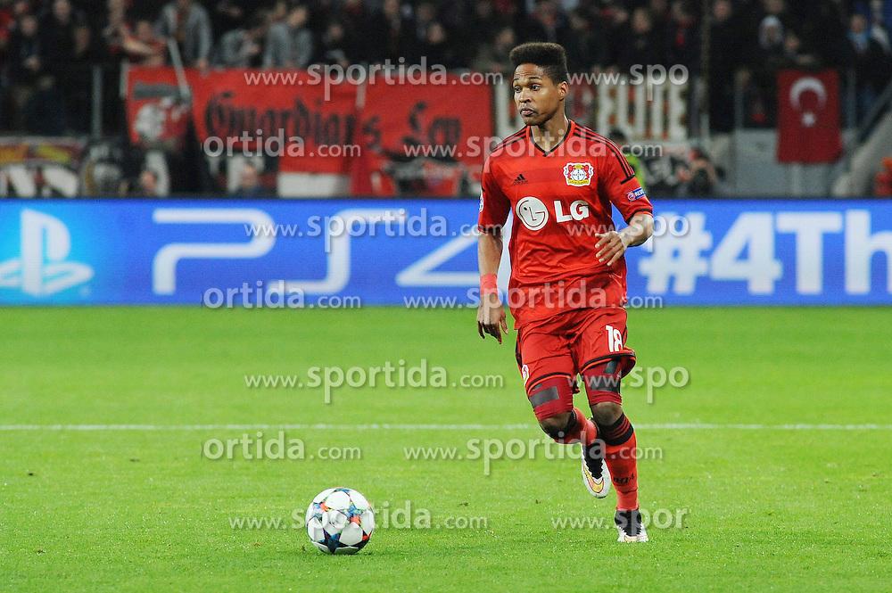 25.02.2015, BayArena, Leverkusen, GER, UEFA EL, Bayer 04 Leverkusen vs Atletico Madrid, 1. Runde, R&uuml;ckspiel, im Bild Wendell ( Bayer 04 Leverkusen ) // during the UEFA Europa League 1st Round, 2nd Leg match between Bayer 04 Leverkusen and Atletico Madrid at the BayArena in Leverkusen, Germany on 2015/02/25. EXPA Pictures &copy; 2015, PhotoCredit: EXPA/ Eibner-Pressefoto/ Thienel<br /> <br /> *****ATTENTION - OUT of GER*****