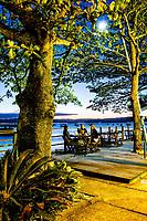 Restaurante à beira do mar na Praia de Santo Antonio de Lisboa. Florianópolis, Santa Catarina, Brasil. / Restaurant by the sea at Santo Antonio de Lisboa Beach. Florianopolis, Santa Catarina, Brazil.