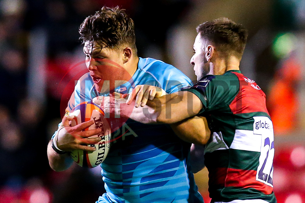 Ethan Waller of Worcester Warriors is tackled by Joe Ford of Leicester Tigers - Mandatory by-line: Robbie Stephenson/JMP - 03/11/2018 - RUGBY - Welford Road Stadium - Leicester, England - Leicester Tigers v Worcester Warriors - Gallagher Premiership Rugby