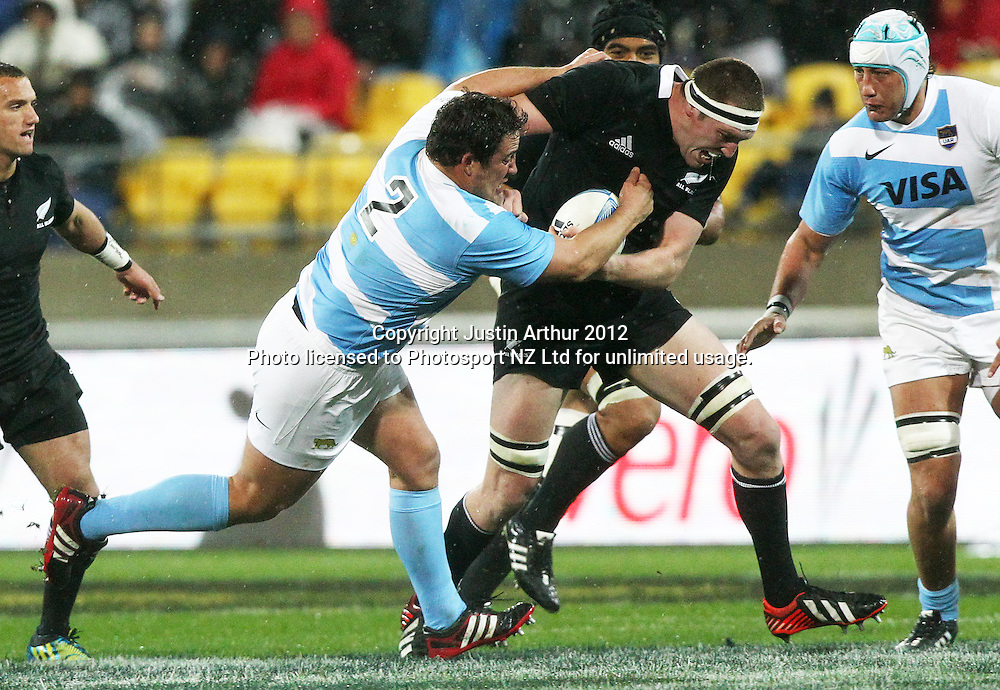 All Blacks' Brodie Retallick on the attack during the Rugby Championship Union test match. All Blacks v Argentina at Westpac Stadium, Wellington, New Zealand on Saturday 8 September 2012. Photo: Justin Arthur / photosport.co.nz