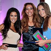 NLD/Amsterdam/20110521 - Amsterdam fashion Gala 2011, Melissa Sneekes , Carolien Van Twuijver en Felicia Roedema