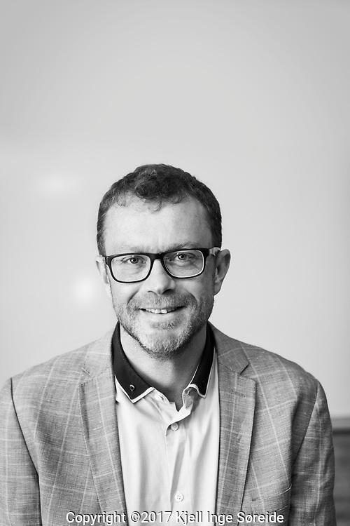 20170913 Kristiansand, <br /> <br /> Thomas Henökl<br />  <br /> <br /> Førsteamanuensis<br /> Forsker<br /> Institutt for statsvitenskap og ledelsesfag<br /> <br /> Foto: Kjell Inge Søreide