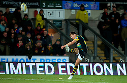 Piers Francis of Northampton Saints converts a try scored by Dylan Hartley of Northampton Saints - Mandatory by-line: Robbie Stephenson/JMP - 01/12/2017 - RUGBY - Franklin's Gardens - Northampton, England - Northampton Saints v Newcastle Falcons - Aviva Premiership