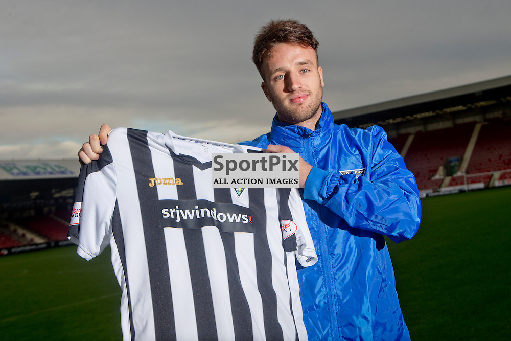 DAFC Sign Brad McKay East End Park 08 January 2016<br /> (c) CRAIG BROWN | SportPix.org.uk