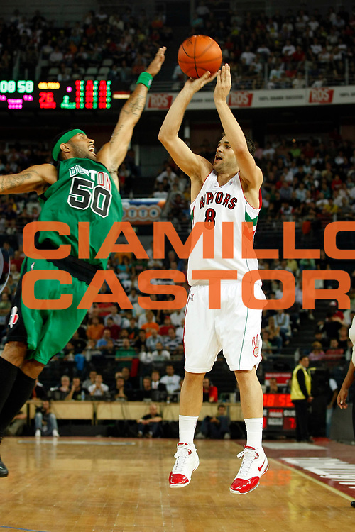 DESCRIZIONE : Roma Nba Europe Live Tour 2007 Toronto Raptors Boston Celtics <br /> GIOCATORE : Jose Calderon<br /> SQUADRA : Toronto Raptors<br /> EVENTO : Nba Europe LIve Tour 2007<br /> GARA : Toronto Raptors Boston Celtics<br /> DATA : 06/10/2007<br /> CATEGORIA : Tiro<br /> SPORT : Pallacanestro<br /> AUTORE : Agenzia Ciamillo-Castoria/G.Cottini<br /> Galleria : Nba Europe Live Tour 2007<br /> Fotonotizia : Roma Nba Europe Live Tour 2007 Toronto Raptors Boston Celtics <br /> Predefinita :