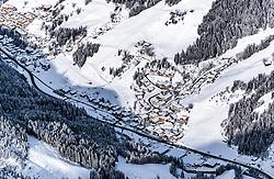 THEMENBILD - Blick auf Viehhofen mit Schnee bedeckt, aufgenommen am 5. Feber 2018 in Zell am See - Kaprun, Österreich // View of Viehhofen covered with Snow, Zell am See Kaprun, Austria on 2018/02/05. EXPA Pictures © 2018, PhotoCredit: EXPA/ JFK