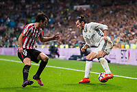 Real Madrid's Gareth Bale and Athletic de Bilbao's Inigo Lekue during La Liga Match at Santiago Bernabeu Stadium in Madrid. October 23, 2016. (ALTERPHOTOS/Borja B.Hojas)