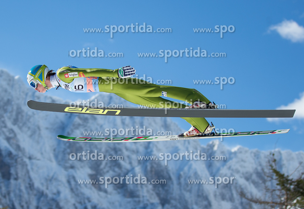 21.03.2013, Planica, Kranjska Gora, SLO, FIS Ski Sprung Weltcup, Skifliegen, Training, im Bild Anze Semenic (SLO) // Anze Semenic of Slovenia in action during practice of the FIS Skijumping Worldcup Individual Flying Hill, Planica, Kranjska Gora, Slovenia on 2013/03/21. EXPA Pictures © 2012, PhotoCredit: EXPA/ Johann Groder