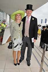JOHN & RACHEL GOSDEN at the 2012 Investec sponsored Derby at Epsom Racecourse, Epsom, Surrey on 2nd June 2012.