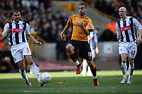 Photo: Rich Eaton.<br /> <br /> Wolverhampton Wanderers v West Bromwich Albion. The FA Cup. 28/01/2007. Wolves Craig Davies tries to get ahead of West Broms Neil Clement #5 and Richard Chaplow #12