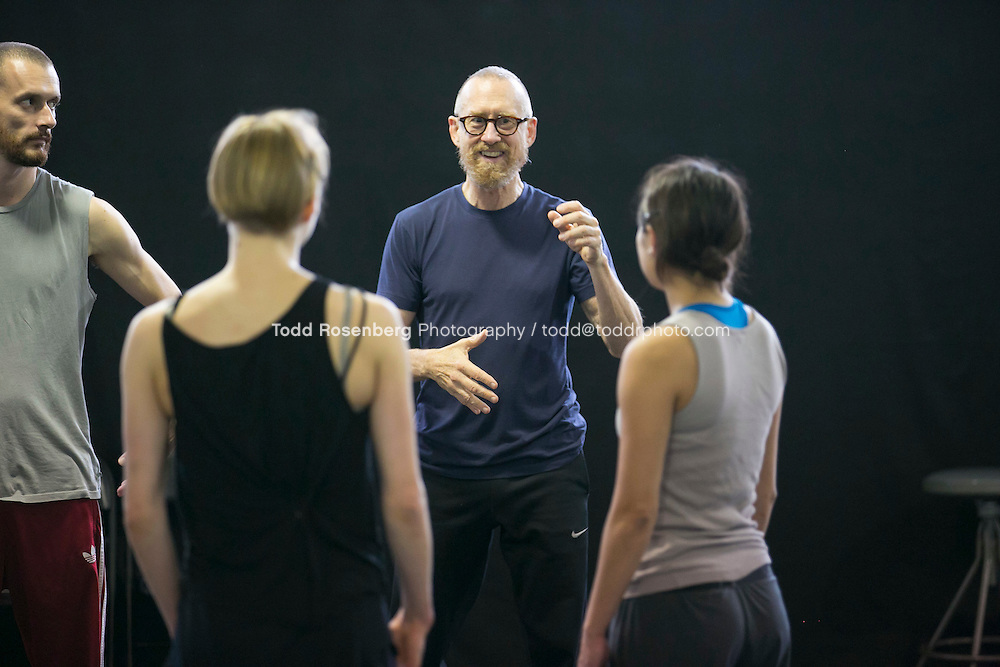 10/2/15 3:43:10 PM -- Hubbard Street Dance Chicago <br /> <br /> Choreographer William Forsythe in studio with the main company. <br /> <br /> . &copy; Todd Rosenberg Photography 2015