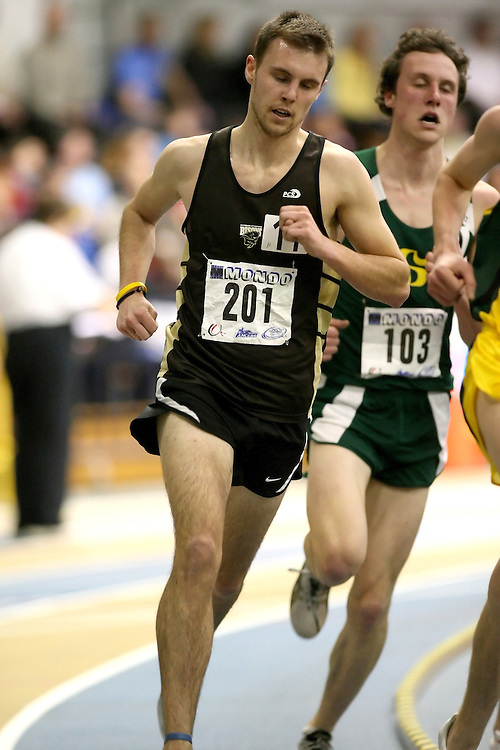 Windsor, Ontario ---13/03/09--- Tyler Hynes of  the University of Manitoba competes in the 3000m Final at the CIS track and field championships in Windsor, Ontario, March 13, 2009..Sean Burges Mundo Sport Images