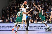 DESCRIZIONE : Eurocup 2014/15 Last32 Dinamo Banco di Sardegna Sassari -  Banvit Bandirma<br /> GIOCATORE : David Logan<br /> CATEGORIA : Tiro Tre Punti Three Point Controcampo<br /> SQUADRA : Dinamo Banco di Sardegna Sassari<br /> EVENTO : Eurocup 2014/2015<br /> GARA : Dinamo Banco di Sardegna Sassari - Banvit Bandirma<br /> DATA : 11/02/2015<br /> SPORT : Pallacanestro <br /> AUTORE : Agenzia Ciamillo-Castoria / Claudio Atzori<br /> Galleria : Eurocup 2014/2015<br /> Fotonotizia : Eurocup 2014/15 Last32 Dinamo Banco di Sardegna Sassari -  Banvit Bandirma<br /> Predefinita :