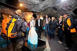 18.06.2011, Kitzsteinhorn, Kaprun, AUT, AUT, GIPFELWELT 3000, KITZSTEINHORN, ERÖFFNUNG, im Bild ab 19. Juni 2011 hat die Gipfelwelt der Kapruner Gletscherbahnen in Zusammenarbeit mit den Nationalpark Hohe Tauern für die Besucher geöffnet. Durch einen Tunnel wird der Besucher in das Hochgebirge eingeführt. Bild aufgenommen während der Eröffnung der Gipfelwelt 3000 am Gletscher Kitzsteinhorn bei Kaprun, Salzburgerland, Österreich, EXPA Pictures © 2011, PhotoCredit: EXPA/ J. Feichter., EXPA Pictures © 2011, PhotoCredit: EXPA/ J. Feichter