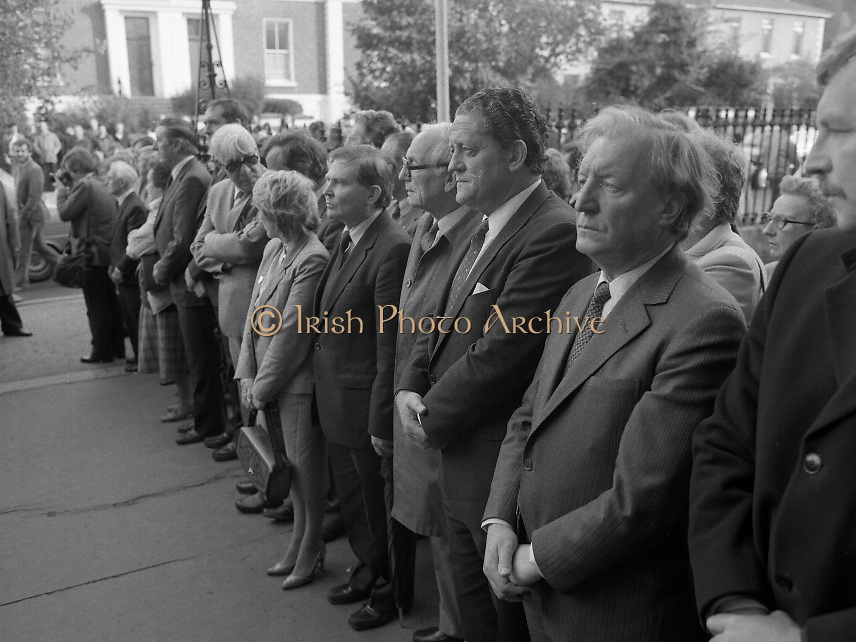 Removal of the Remains of Mr.George Colley..1983.19.09.1983.09.19.1983.19 September 1983..Photograph of the arrival of the Mortal Remains of Mr George Colley to the Church Of Three Patrons, Rathgar. In attendance among the huge crowd were Mr Charles Haughey TD and Mr Brian Lenihan TD representing Fianna Fail.