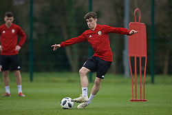 NEWPORT, WALES - Thursday, March 21, 2019: Wales' Niall Huggins during an Under-21 training session at Dragon Park. (Pic by David Rawcliffe/Propaganda)