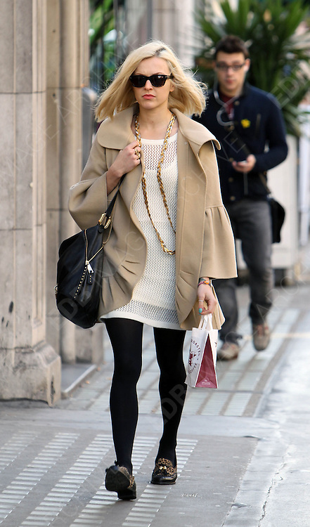 20.MARCH.2012. LONDON<br /> <br /> FEARNE COTTON ARRIVING FOR WORK AT THE RADIO 1 STUDIOS IN LONDON<br /> <br /> BYLINE: EDBIMAGEARCHIVE.COM<br /> <br /> *THIS IMAGE IS STRICTLY FOR UK NEWSPAPERS AND MAGAZINES ONLY*<br /> *FOR WORLD WIDE SALES AND WEB USE PLEASE CONTACT EDBIMAGEARCHIVE - 0208 954 5968*