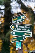 Wanderweg Wegweiser, Sächsische Schweiz, Elbsandsteingebirge, Sachsen, Deutschland | hiking track sign posts, Saxon Switzerland, Saxony, Germany