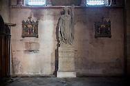 1/11/16 - ISSOIRE - PUY DE DOME - FRANCE - Statue de SAINT AUSTREMOINE dans la basilique d Issoire - Photo Jerome CHABANNE